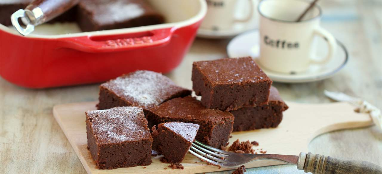 Brownie de leche condensada, chocolate y café
