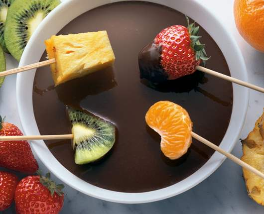 Fondue de chocolate - Recetas nestle postres chocolate para fundir ...
