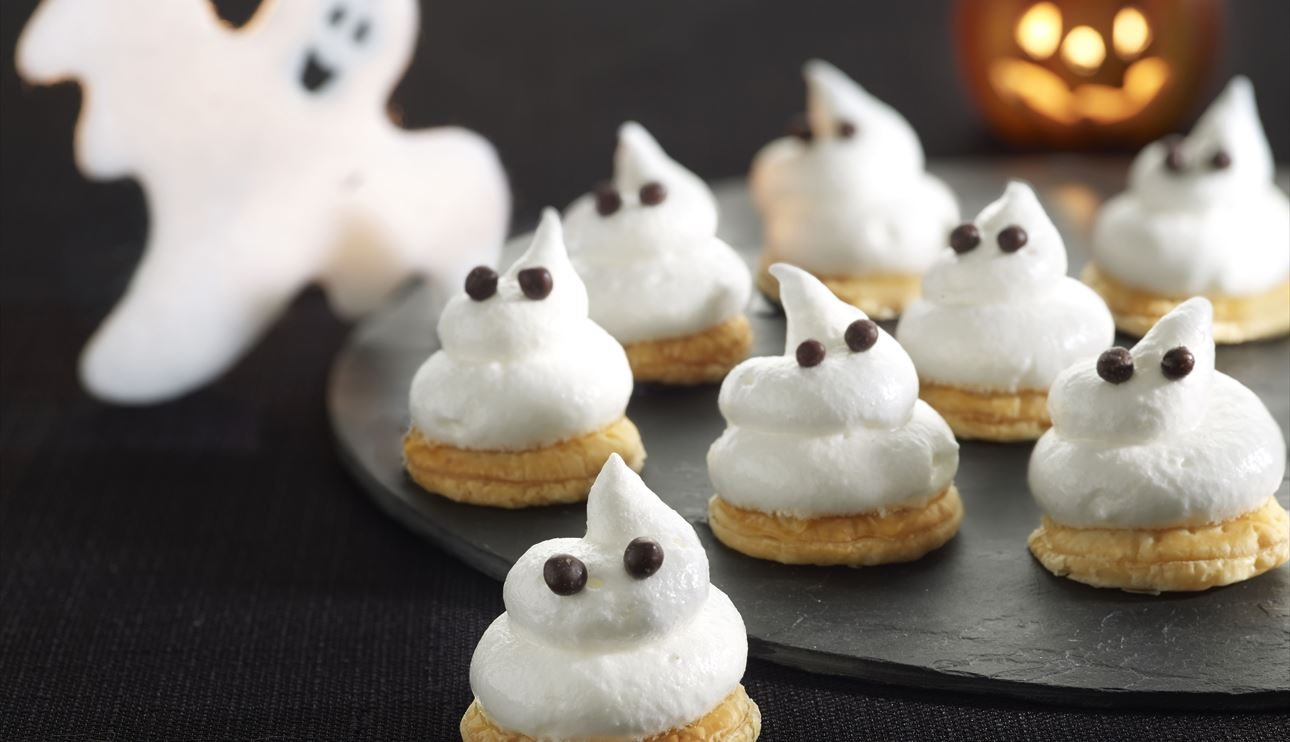 Hojaldres con merengue (fantasmas de halloween)