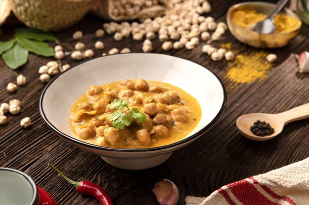 Garbanzos al curry con coco