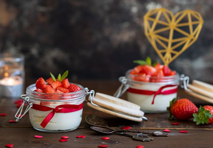 Mousse de chocolate blanco y fresas