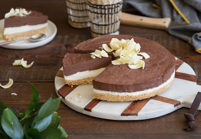 Tarta de queso y yogur con chocolate