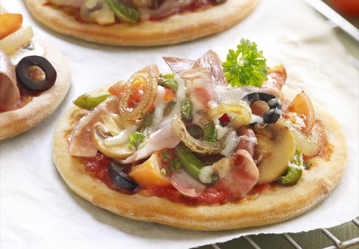 Mini pizzas de jamón